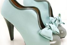 Pretty Shoes / by Isabel Ceron