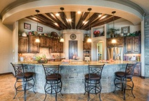 Where There Is Food, They Will Gather / Kitchen Ideas! / by Alyssa Barnhill