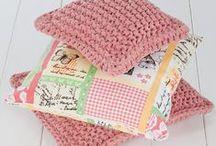 knitting tutorials / by Jeannette