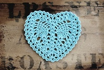 ❤Crochet tutorials hearts❤ / Patterns for heart garlands, pillows, granny squares etc. etc. / by Jeannette