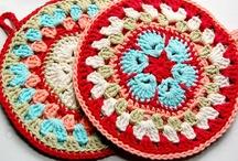crochet tutorials kitchen / tutorials for a potholder, placemat, tea/apple/mug cozy, egg warmers etc. etc. / by Jeannette