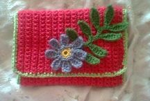 crochet tutorials bags & covers / Crochet tutorials for bags, purses, totes iphone covers, laptop covers, phone covers, etc, etc. / by Jeannette