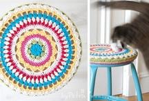 crochet tutorials stool covers / by Jeannette