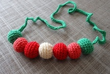 crochet tutorials jewelry / Crocheted bling-bling as bracelets, brooches, rings, earrings, necklaces and the ultimate jewelry....the tiara. :) / by Jeannette