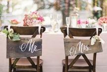Friends Wedding Ideas! / by Vicki Blomquist
