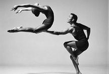 Alors on danse / by Lyne Bourgon
