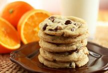 eat: cookies / by Mika Hillery