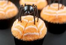Halloween Cupcakes by Cupcake Project Pinterest Explorers / Ghosts, goblins, spiders and other terrifyingly delicious cupcakes for Halloween.  This board is curated by the Cupcake Project Pinterest Explorers. Learn how to join here: http://www.cupcakeproject.com/join-the-pinterest-explorers. Our mission is to scout, pin, and share cupcake fun!  / by Cupcake Project