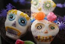 Dia De Los Muertos (Day of the Dead) Cupcakes by Cupcake Project Pinterest Explorers / Sugar skulls, marigolds, dahlias and favorite foods & drink of the dearly departed are made in honor of the deceased.  Celebrated on Nov 1st & 2nd.   This board is curated by the Cupcake Project Pinterest Explorers. Learn how to join here: http://www.cupcakeproject.com/join-the-pinterest-explorers. Our mission is to scout, pin, and share cupcake fun!  / by Cupcake Project