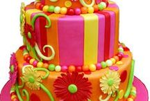 Art You Can Eat! / I love cake decorating and aspire to be as good as the people who have created these edible works of arts. Here you'll cakes and cupcakes that are almost too beautiful to eat. Get ideas and inspiration for your next birthday party, baby shower, anniversary or special occasion! / by Parri Sontag (Her Royal Thighness)