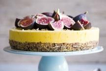 cakecakecakecakecakecake / by Ella Nygård
