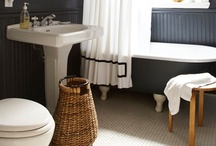 Bathroom Love / by Brittni Austin