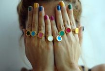 Finger & toe nails / by Alice Nemeti