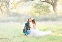 Wedding Inspiration  / Inspiring wedding ideas for all to share!  / by Lindsay Woods