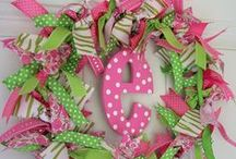 Crafts: Wreaths / by Shannon S