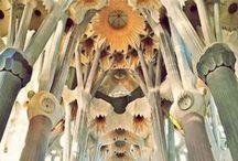 Art in Barcelona / Art is everywhere in our beautiful city #Barcelona #architecture #artnouveau #modernisme #urban #art #InspiredByBarcelona / by Escoda Barcelona