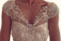 Pretty Little Gowns / by Rachelle Howard
