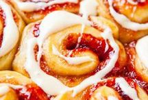 Sweet Breads, Muffins, & Coffee Cakes / by Kristen Martz