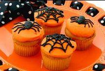 Halloween / by Caroline's Cakes