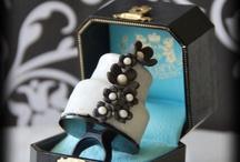 Cake Pops / by Mariana Diaz
