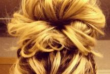 HairDos,Makeup &Nails / by Ellie Klitzing