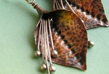 Jewelry Inspirations: Earrings / Jewelry and ideas that make me want to create! / by Rebecca Sirevaag
