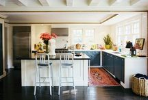 Kitchen / by Shari Gudlaugson
