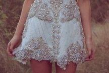 Dresses / by Jordan Zemp