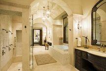 Dream Home: Bathrooms / by Jaclyn Lorimer