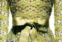 Fashion   Dresses / by Mohanie Singh