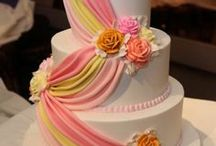S+S - Cake and Cupcake Inspiration  / by Stormi Bussey