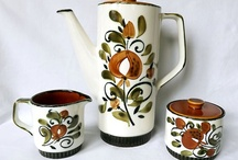 Coffee pots, teapots, cups/saucers, and mugs / by Linda Dimmitt