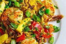 Good Eats / Good food recipes / by Ilesha Graham