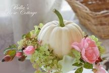 FaLLInG... / fall, thanksgiving, halloween, decor, foods, shabby, old, white, pumpkins, ideas / by SHaBbY StOrY