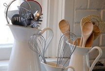 Kitchen Inspiration  / Ideas I would like to try in my kitchen or dream kitchen  / by Krystle Walsh