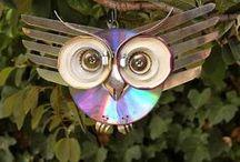 DIY + arts & crafts + cool ideas = :-)  / by Yolandi Barnard