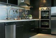 Building Our Kitchen / by Rainha Brazilva