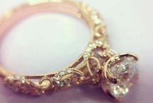 Jewerly / by Kaleigh Walters