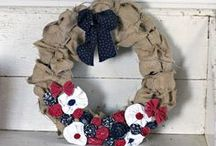 wreaths / by Rhonda Jessop-Kearney