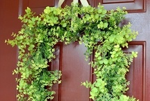 Wreaths and DIY Flowers / by Effie L