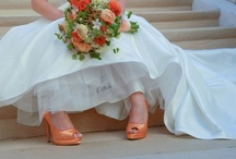 wedding, and other pretty dresses.. / by Debbie Adolfson