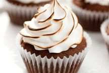 Crazy For Cupcakes / by Wendi High
