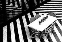 Siyah Beyaz Çizgiler / by ROMAN