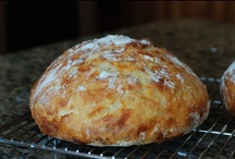 Food~Bread / by Emily Hesse