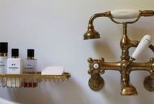 { bathroom } / by Scacco Alle Regine