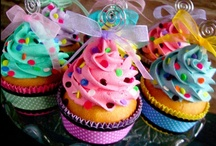 Cupcakes / by Linda Flores