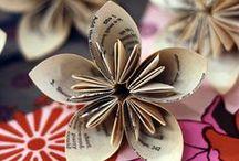 paper flowers / by Dagmar Bleasdale (Dagmar's Home)