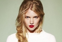 hair/makeup / lovely hair styles and make up ideas  / by Jamie Eimaj