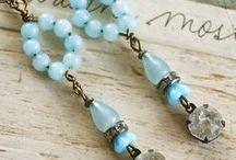Jewelry Earrings / by Carolyn Miller