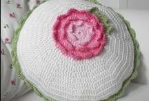 Crochet and knitting / by Nellie Bons